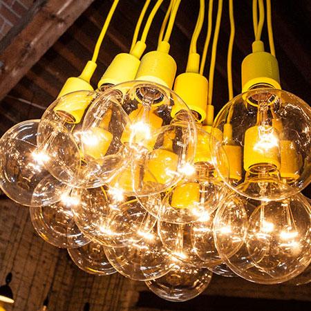 ampoules led pas ch res et luminaires design pas cher. Black Bedroom Furniture Sets. Home Design Ideas